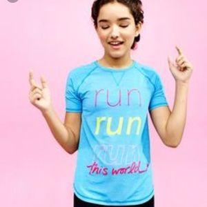 Lululemon kids Ivivva run run run this world top